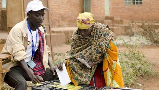 Présidentielle au Burundi: sur dix candidatures, la Commission électorale valide six