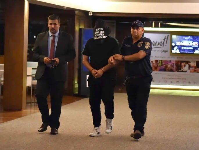 Ronaldinho arrêté au Paraguay pour détention de faux passeport
