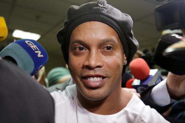 Paraguay : Après plus de 5 mois de détention, Ronaldinho est libéré