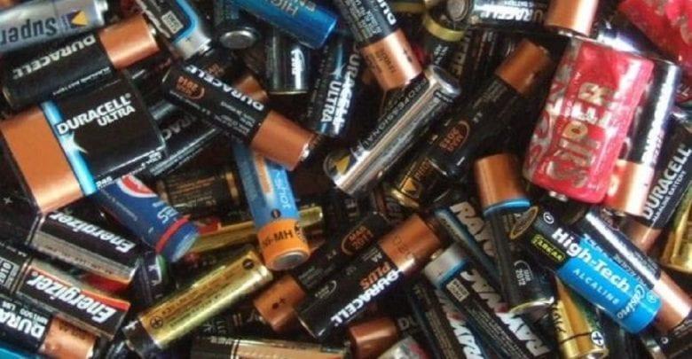 Santé: Ne laissez jamais de piles traîner dans la maison si vous avez des enfants