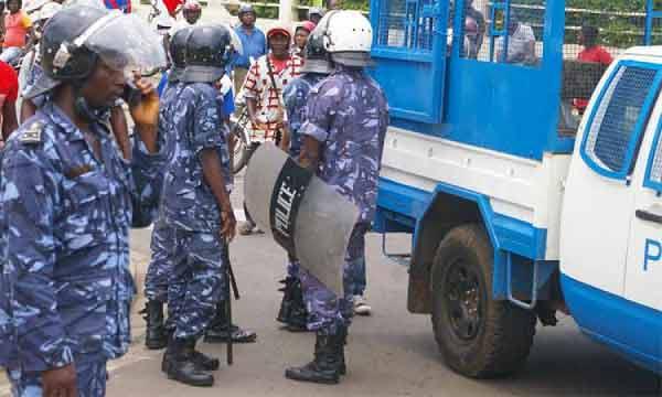 Couvre-feu au Togo : 4 policiers mis aux arrêts