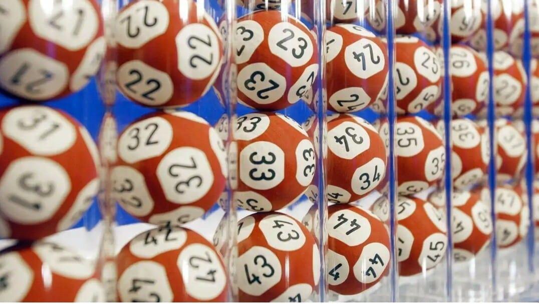 Un joueur de loto gagne 20 millions d'euros en confinement