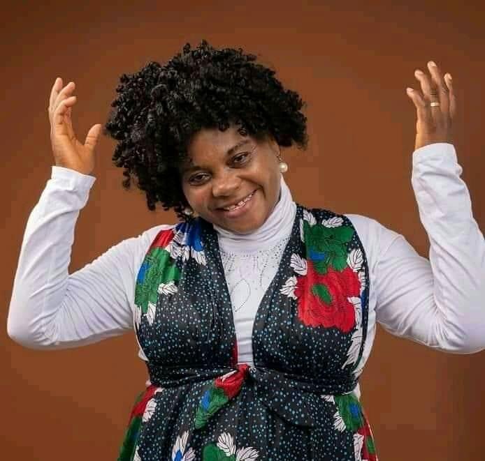 Togo/Musique: Chaneben redonne du sourire à Vanessa Worou