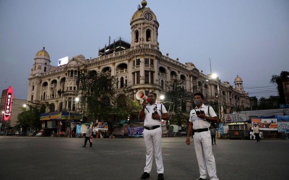 L'inde opte pour trois semaines de confinement ferme