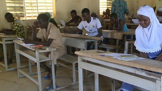 Burkina : 12 millions de masques pour la reprise des cours