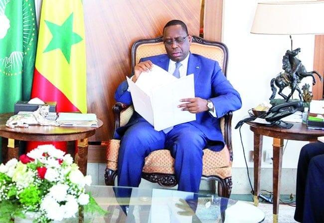 COVID-19 Annulation de la dette de l'Afrique : VACCINS EN BONNE VOIX : Le Pape et Macron rejoignent Macky-