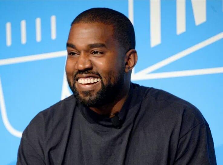 Comment Kanye West est devenu milliardaire avec Yeezy, sa marque de Sneakers