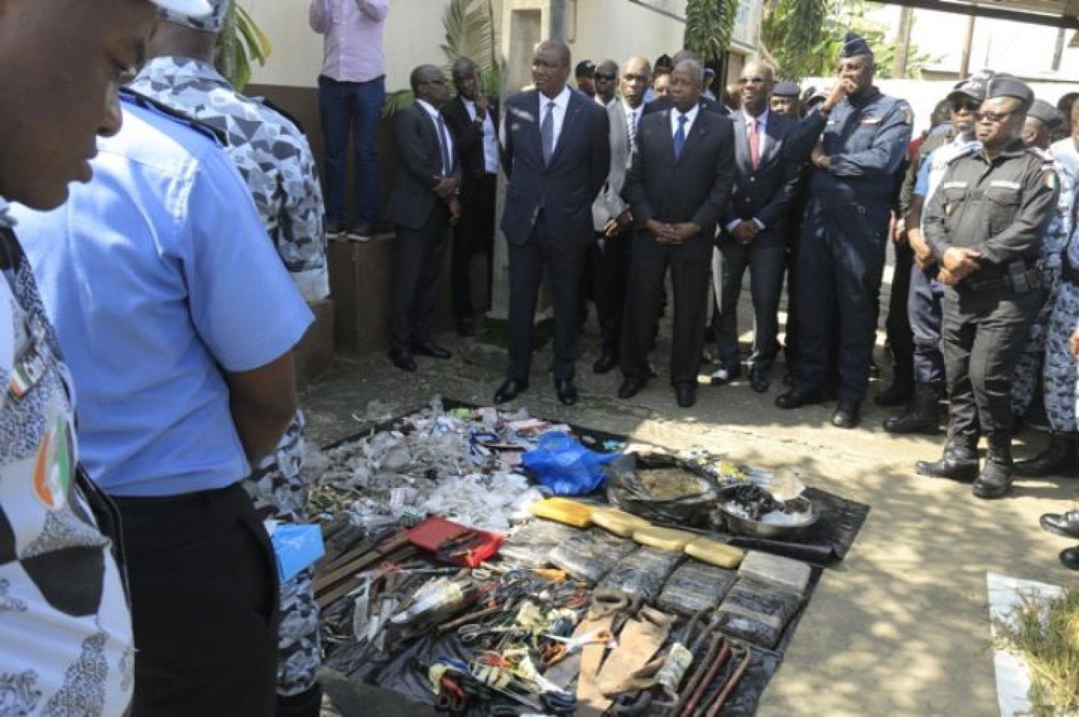 Côte d'Ivoire : la police met en place des numéros pour dénoncer les fumoirs et les fumeurs de drogue