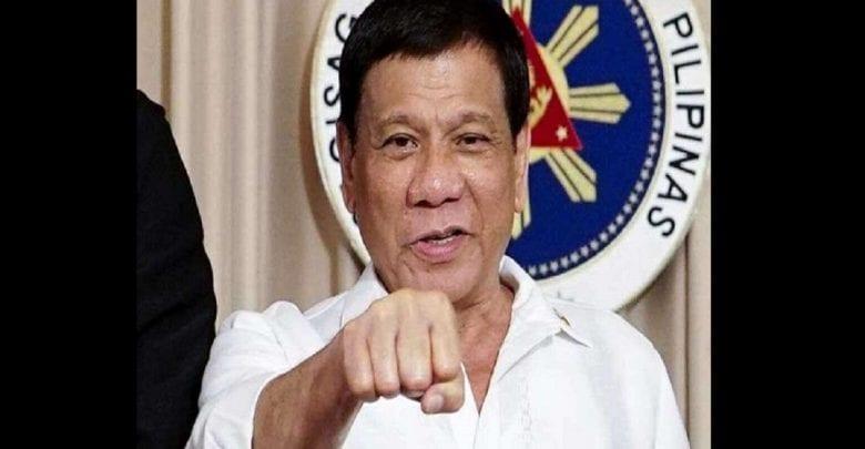 """Coronavirus: Pour Rodrigo Duterte, les médecins sont """"chanceux"""" de mourir pour leur pays"""