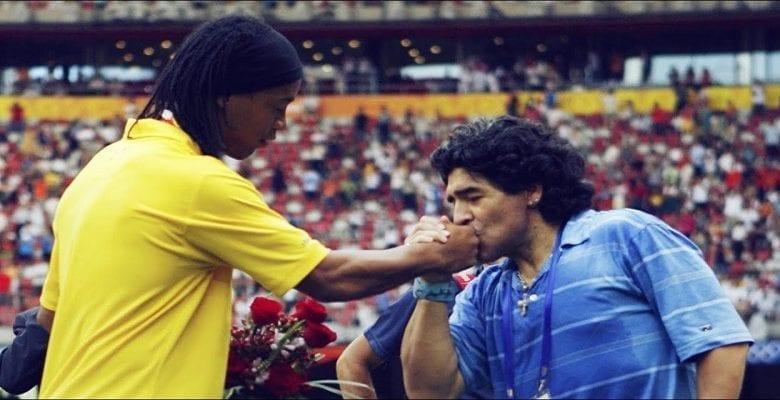 """Football: Maradona à propos de Ronaldinho""""Ce n'est pas un criminel"""""""