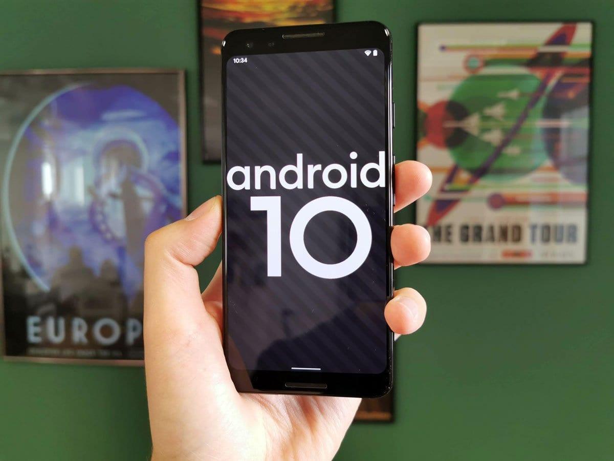 Google le dit tout bas, mais Android 10 a du mal à percer