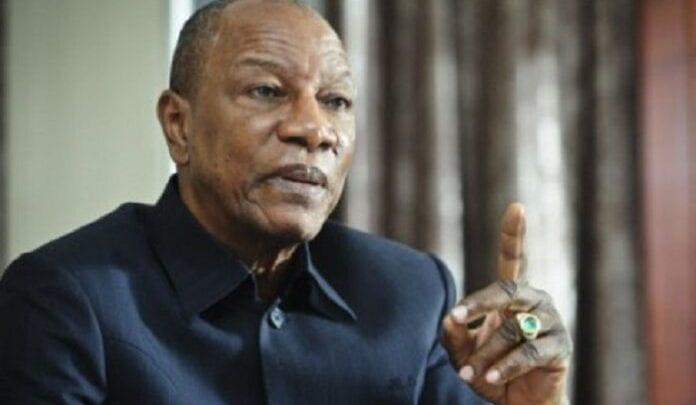 Guinée : Alpha Condé promulgue sa nouvelle Constitution