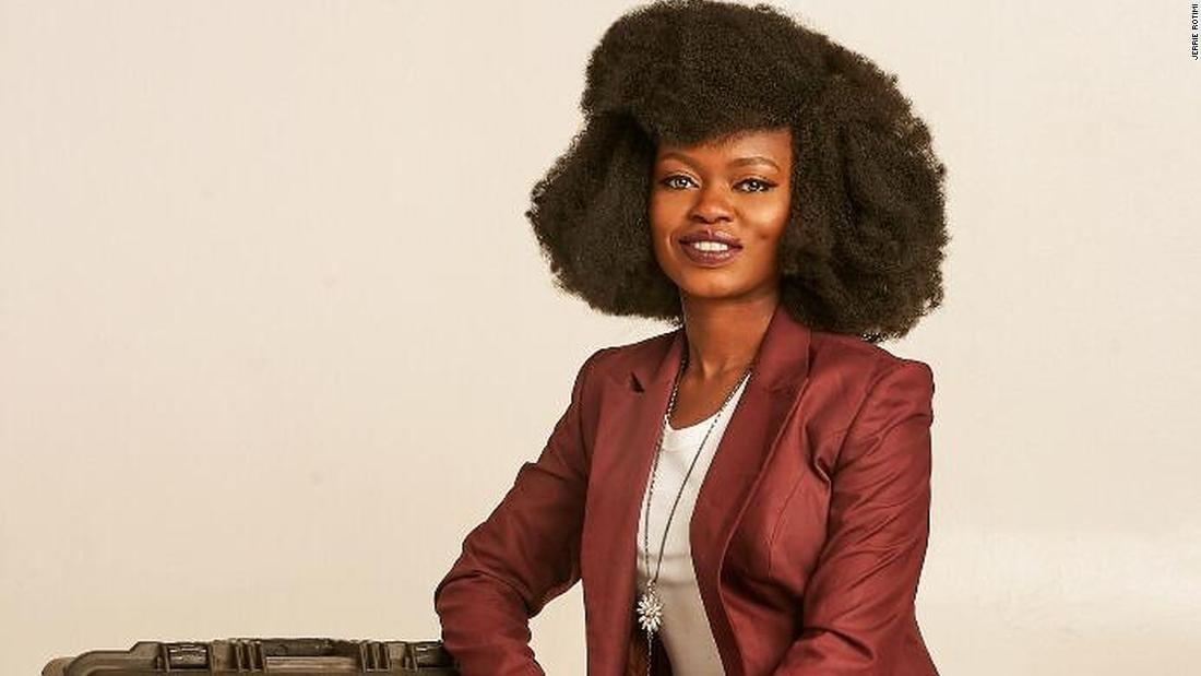"""title """"Je pensais que j'allais mourir"""": une survivante africaine du coronavirus partage son expérience"""