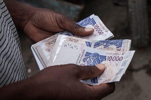 Le Franc CFA, une monnaie au service de la France : une autre forme d'esclavage