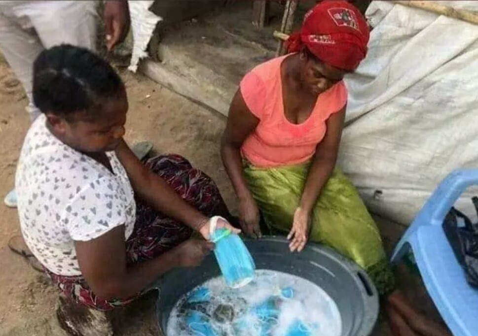 Togo : Attention, des masques jetables déjà utilisés sont lavés et revendus!