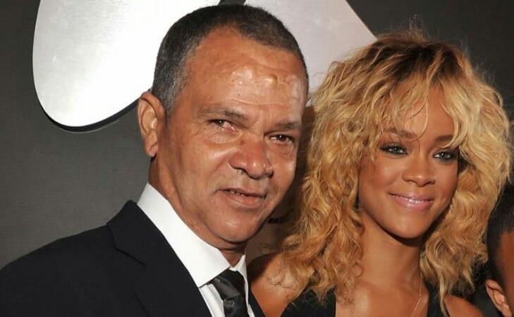 Covid-19 : Rihanna a-t-elle  envoyé de respirateur à son père?