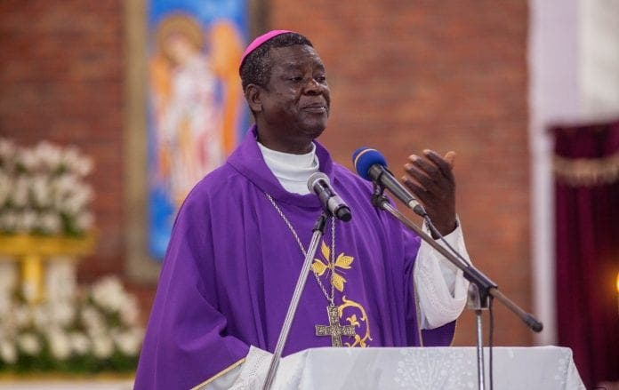 Samuel Kleda, archevêque de Douala lance son médicament contre le Covid-19