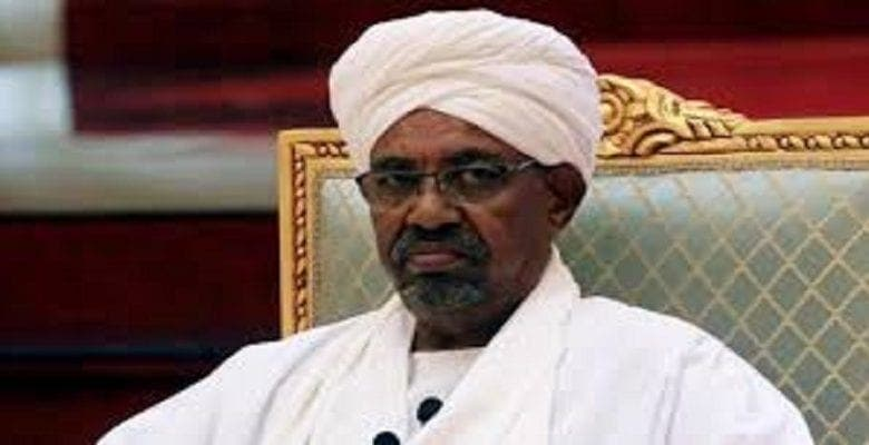 Soudan: Omar El Bechir sera jugé pour un crime d'il y a 30 ans