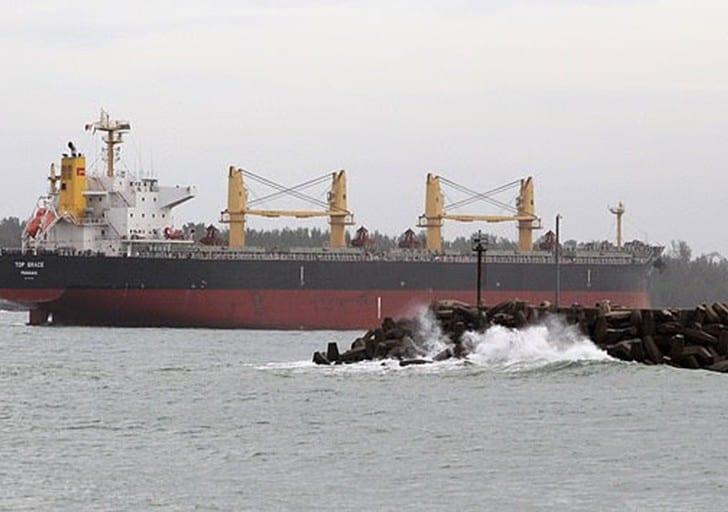 Coronavirus : un équipage chinois jette des Africains à la mer