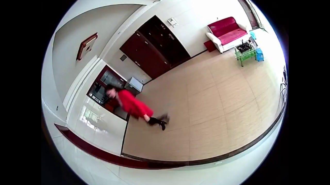 Un gérant d'hôtel aux arrêts pour avoir filmé 300 rapports s€xuels