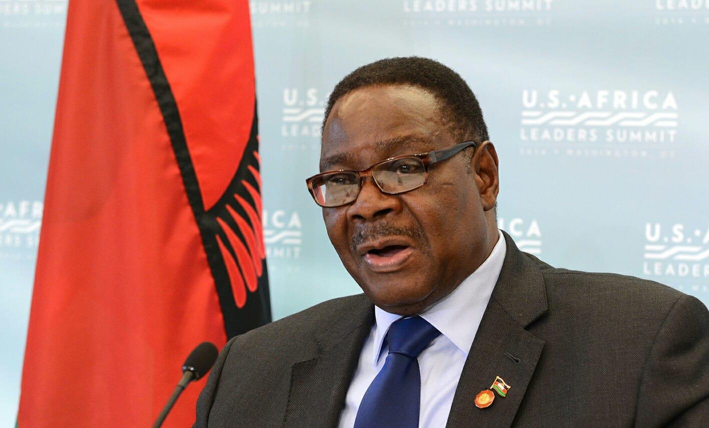 Le président du Malawi baisse son salaire pour lutter contre le Covid-19