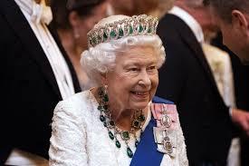 Voici pourquoi la reine Élizabeth peut voyager partout dans le monde sans passeport