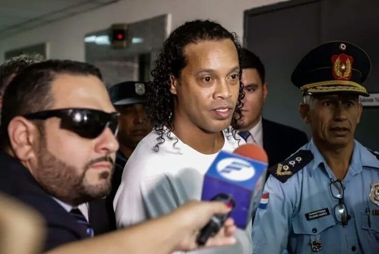 Paraguay : Ronaldinho libéré après un mois de prison