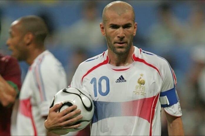 Zidane désigne son « surprenant » plus grand adversaire