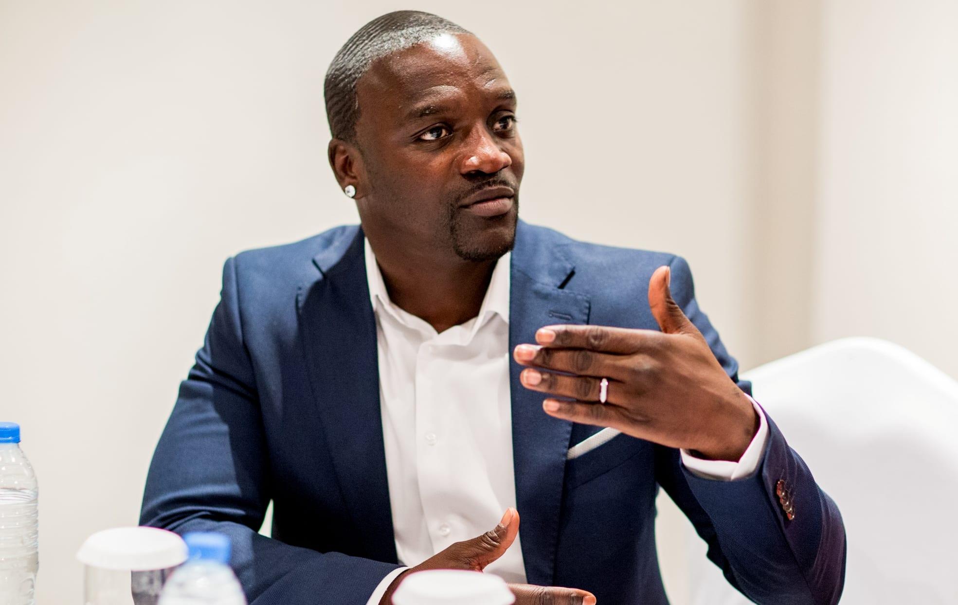 Akon : « un Africain ne doit jamais oublier d'où il vient »
