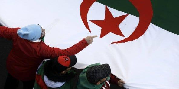 Algérie : l'avant-projet de réforme constitutionnelle laisse un goût d'inachevé