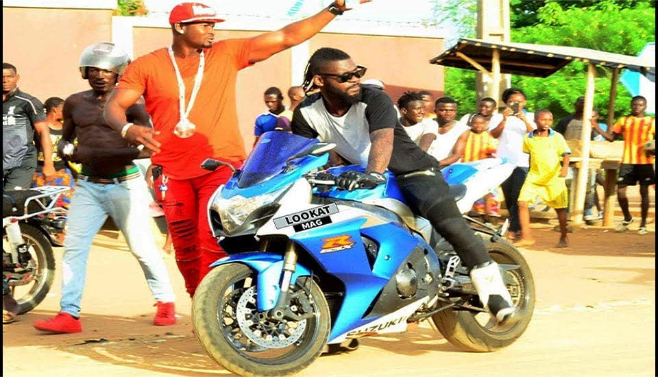 Côte d'Ivoire : la mort tragique de DJ Arafat provenait-elle d'une panne mécanique de sa moto ?