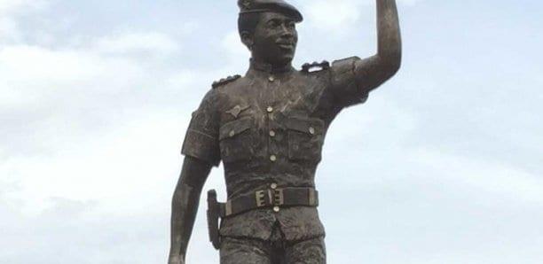 Burkina Faso: la statue corrigée de Thomas Sankara dévoilée à Ougadougou