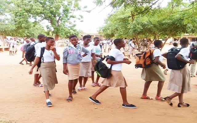 Togo : la date de reprise partielle des cours pour les classes d'examen est connue