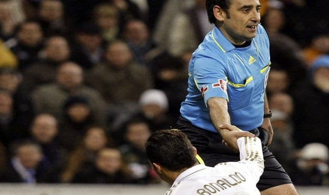 Un ancien arbitre espagnol révèle que «90% des arbitres soutiennent le Real Madrid»
