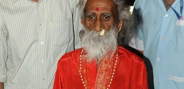 Il meurt après n'avoir soi-disant pas mangé ou bu pendant 80 ans