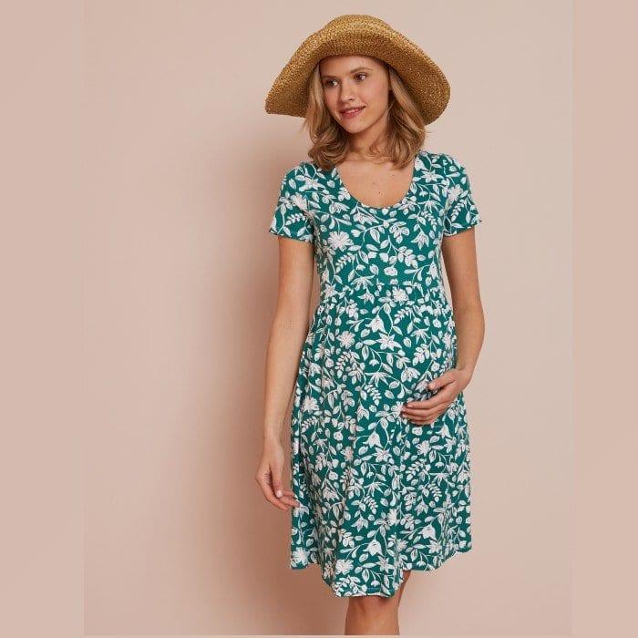 Les robes de grossesse idéales (et pas chères) pour l'été 2020