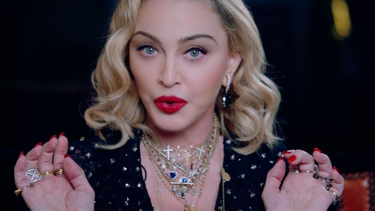Madonna révèle avoir été immunisée contre le coronavirus (vidéo)