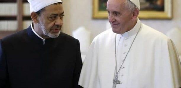 Musulmans et chrétiens appelés à prier jeudi pour la fin de la pandémie