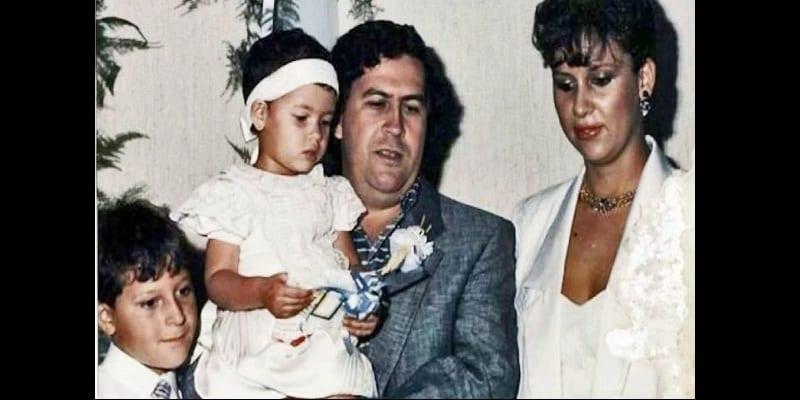 Le neveu de Pablo Escobar trouve 20 millions de dollars dissimulés dans les murs d'une maison