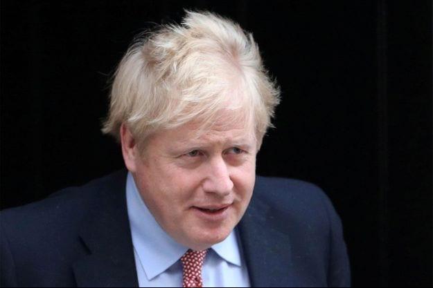 Royaume-Uni : Johnson maintient son conseiller accusé d'avoir enfreint le confinement