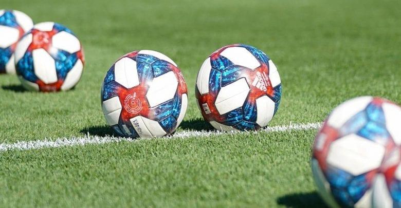 Sport: cinq joueurs de La Liga testés positifs au coronavirus