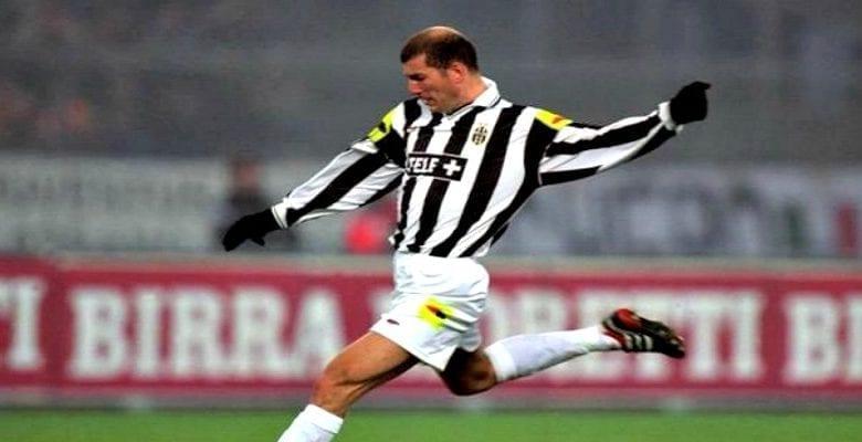 """""""Zidane venait à l'entrainement en Fiat, les autres venaient en Ferrari"""" Van der Sar"""