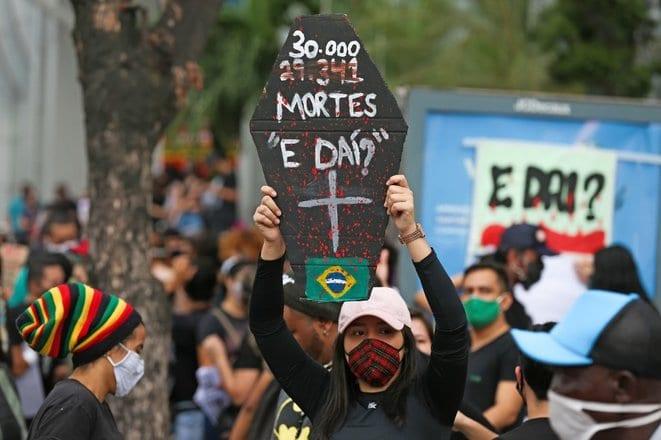 Au Brésil, le virus a mis au jour les faiblesses de Jair Bolsonaro