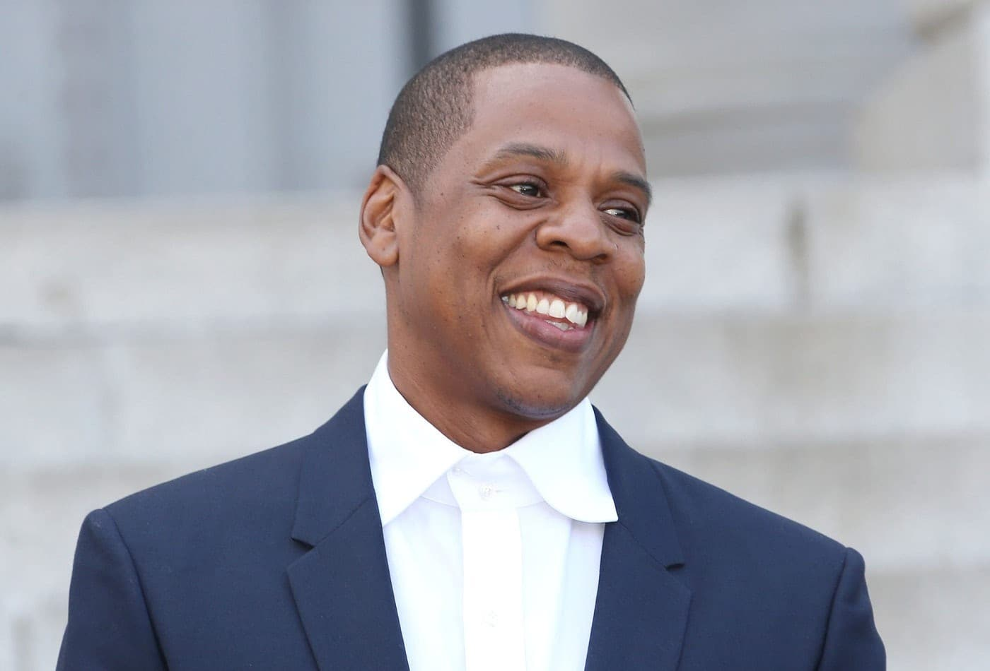 Etats-Unis : Jay-Z prête son Jet privé aux avocats de la famille d'un Joggeur noir assassiné