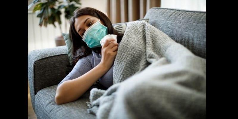 3 NOUVEAUX SYMPTÔMES RÉVÉLÉS PAR LE CENTRE POUR LE CONTRÔLE ET LA PRÉVENTION DES MALADIES