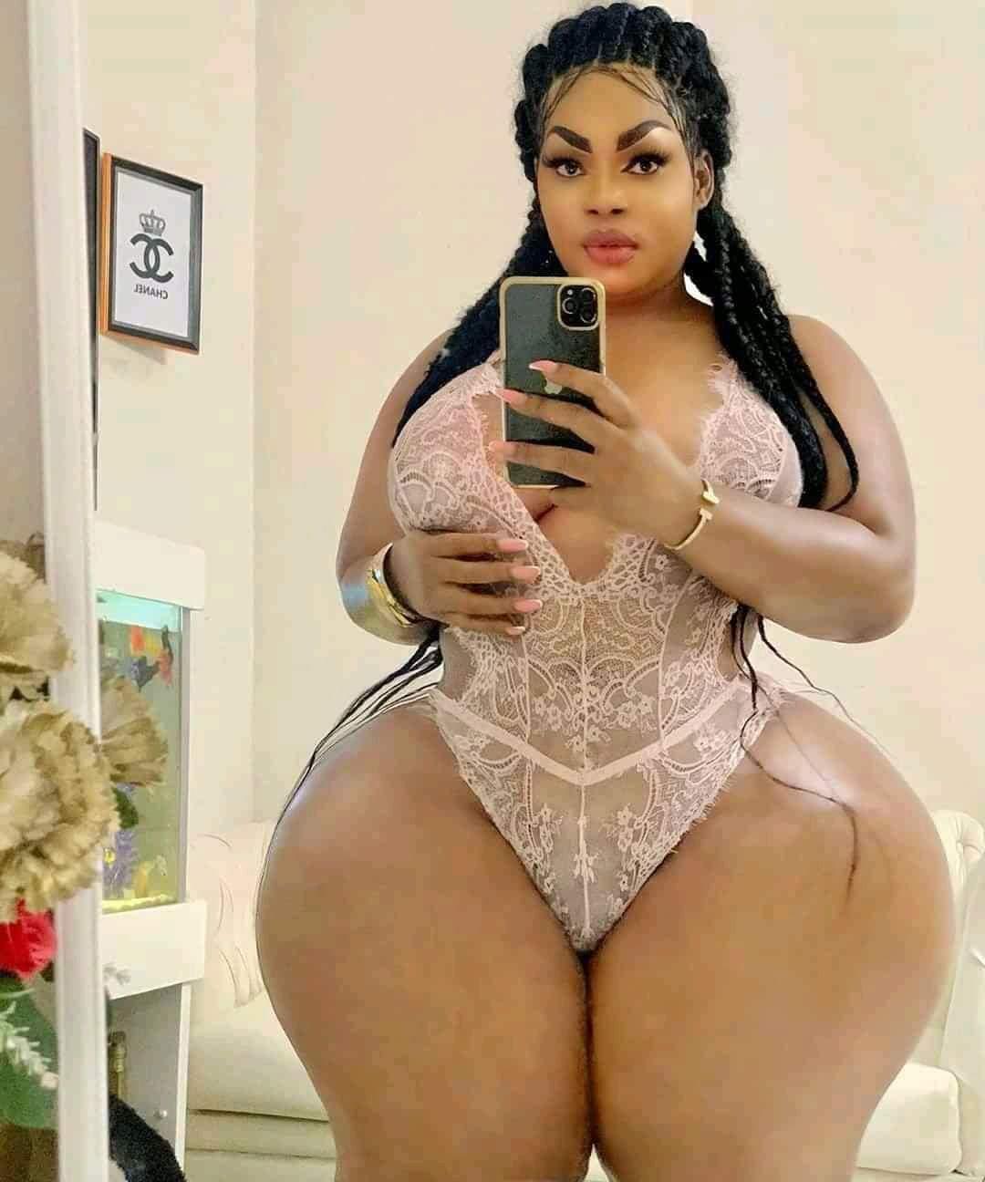 Eudoxie Yao vend à 5 Millions la lingerie déjà portée par elle même