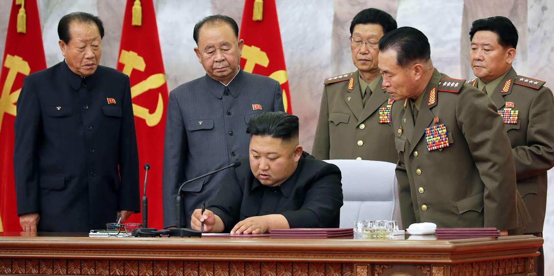 KIM JONG-UN RENONCE SOUDAINEMENT À L'ESCALADE PROMISE AVEC LA CORÉE DU SUD