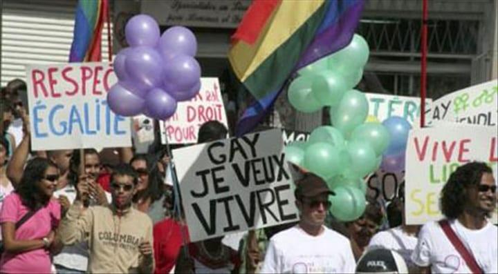 LE GABON DEVIENT L'UN DES RARES PAYS EN AFRIQUE À DÉPÉNALISER L'HOMOSEXUALITÉ