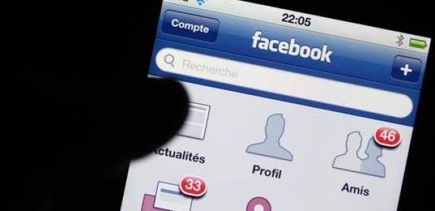 Les réseaux sociaux plongés dans le noir