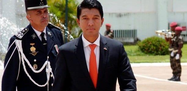 Madagascar va fabriquer des gélules contre le Covid-19 (présidence)